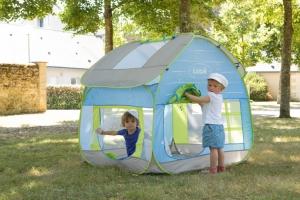 Палатки и домики