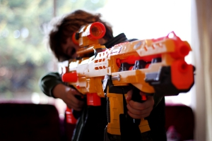 Детское оружие и водные пистолеты