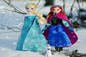 «Анна и Эльза» холодное сердце